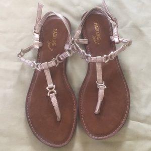 Madeline Stuart Gold time sandals